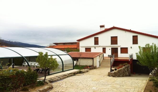 Refugio La Covatilla exterior